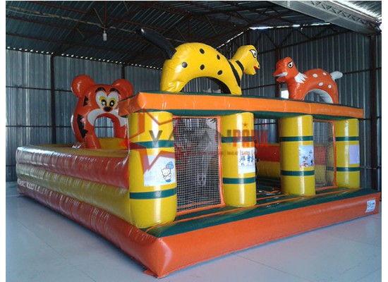 Şişme Oyun Parkı Turuncu Sarı Yeşil Figürler
